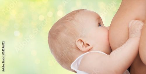 Valokuva  close up of breastfeeding baby