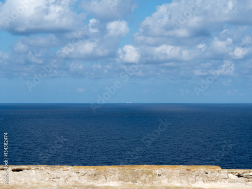 Deurstickers Canarische Eilanden ship on the horizon