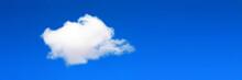Ciel Bleu Avec Nuage Isolé