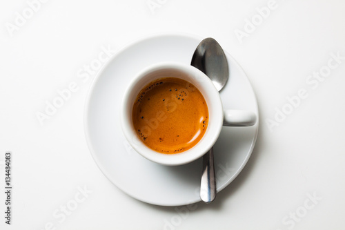 Photo  top view a cup of fresh espresso coffee, close-up
