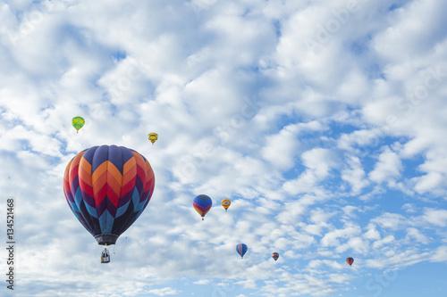 hot-air-balloons-flying