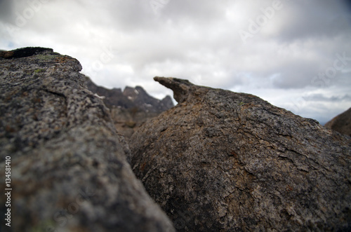 Garden Poster Fantasy Landscape Nahaufnahme von Gesteinsformation im Hochgebirge