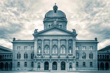 Fototapeta na wymiar Bundeshaus, Bern, Switzerland