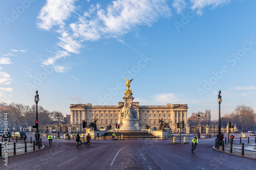 Buckingham palace in early winter morning Canvas Print