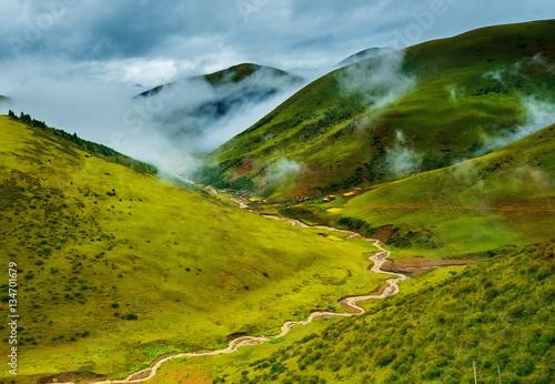Foto op Aluminium Scandinavië Great view of the alpine valley that glowing