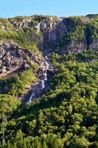 Fot. Konrad Filip Komarnicki / EAST NEWS Norwegia 20.07.2016 Wodospad w regionie Stavanger w Norwegii latem.