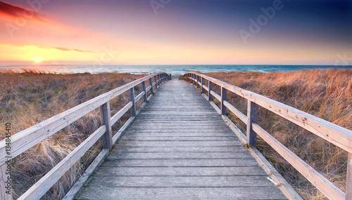Poster Beige Strandübergang zur Ostsee - Frühling