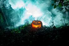 Glowing Scary Pumpkin Head