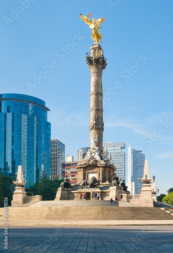 Tuinposter The Angel of Independence in Mexico City