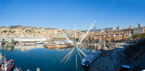 "Fotografia  Genoa (Genova) panoramic aerial  view of ""Porto Antico"" Old Harb"