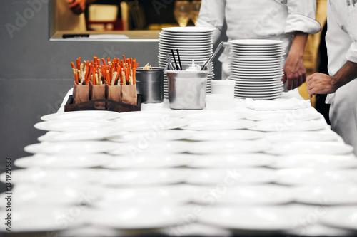 Fotografía  Chef table in restaurant