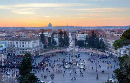 Papiers peints Paris Panoramic view of Piazza del Popolo at sunset, Rome, Italy.