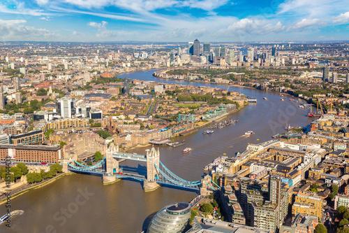 Photo  Aerial view of Tower Bridge in London