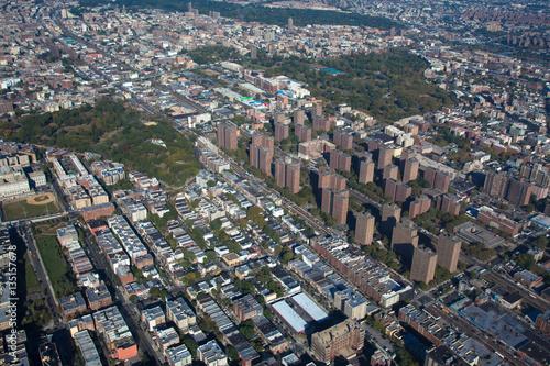 Fototapeten New York Claremont village. New York. Bronx. Helicopter view