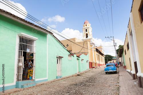 Straßenszene in Trinidad, Cuba Wallpaper Mural