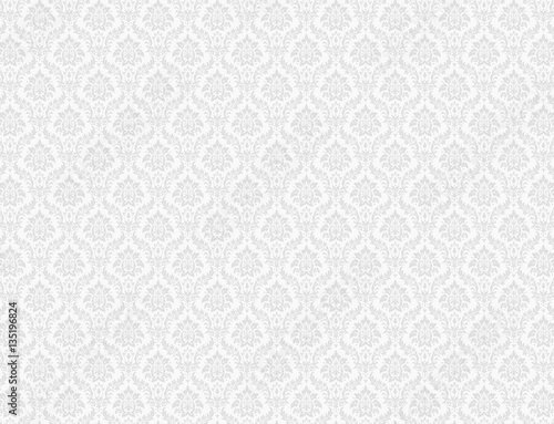 In de dag Retro White damask wallpaper with floral patterns