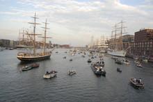 Sail Amsterdam Met Allerlei Sc...