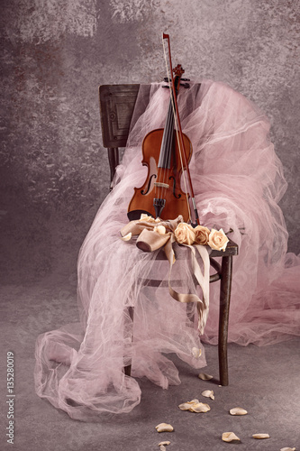Fotomural Vintage still Life with roses and Ballet Shoes