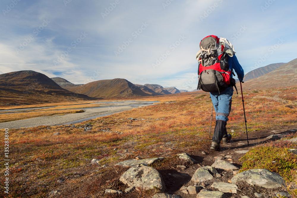 Fototapety, obrazy: Hiking on the Kungsleden in Sweden