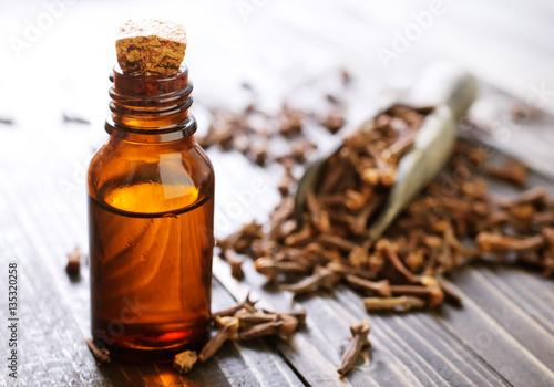 Fototapeta clove oil