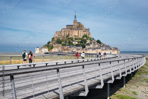 Stampa su Tela Panoramic view on Mont-Saint-Michel and a road to Abbey , France