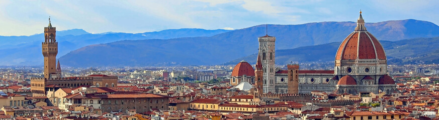 Fototapeta Panorama Miasta view of Florence with Old Palace and Dome of Cathedral from Mich