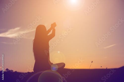 Foto op Canvas School de yoga hands-shape for the Sun.