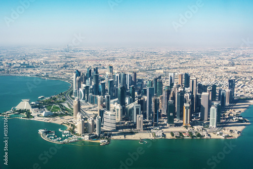 Poster Moyen-Orient Aerial view of Doha in Qatar