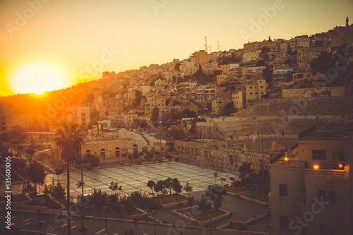 Carta da parati Cityscape Amman downtown at dawn
