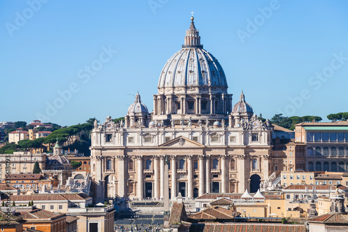Papal Basilica of St Peter and square in Vatican Fototapeta