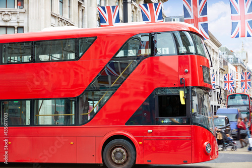 Poster Londres bus rouge London bus Oxford Street W1 Westminster