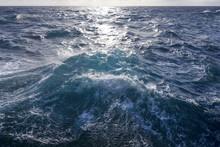 Rough Turbulent Ocean Under Reflective Sun