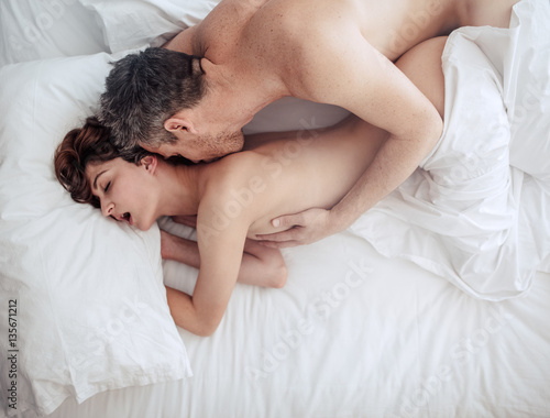 Couples sex in bed photos