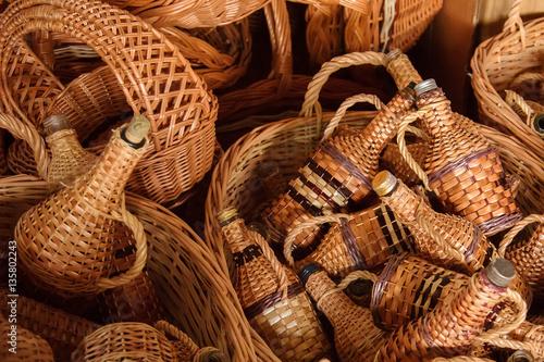 Zdjęcie XXL Tkactwo z winorośli. Koszykowy tkactwo