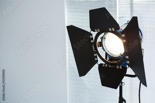 Spotlight in studio Canvas-taulu