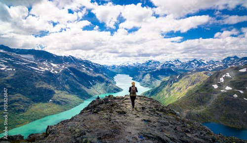 Photo sur Toile Gris Young woman hiking in the mountains. Besseggen, Jotunheimen, Norway