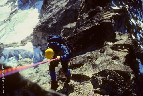 Photo Climber rappelling