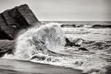 Crashing Wave, czarno-biały - 135949487