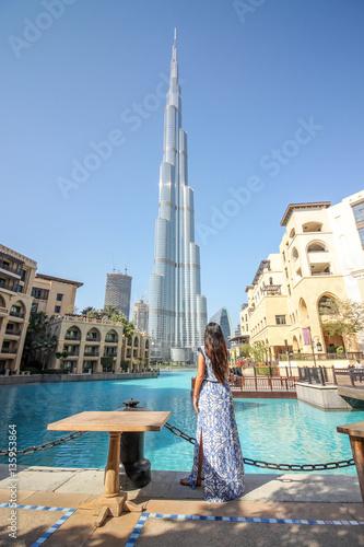 Fotografie, Obraz  Woman With Dubai View 2