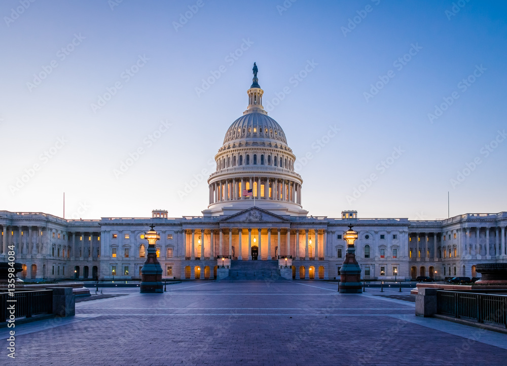 Fototapety, obrazy: United States Capitol Building at sunset - Washington, DC, USA