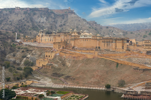 Deurstickers Vestingwerk Amer Fort is located in Amer, Rajasthan, India.