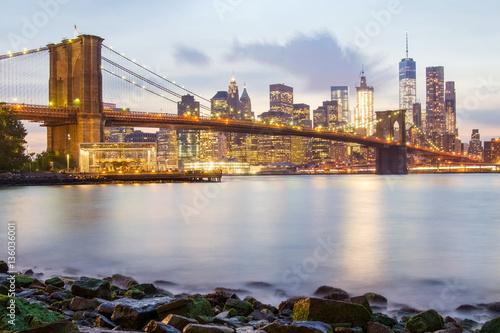 Deurstickers Eiffeltoren Brooklyn Bridge and the Lower Manhattan