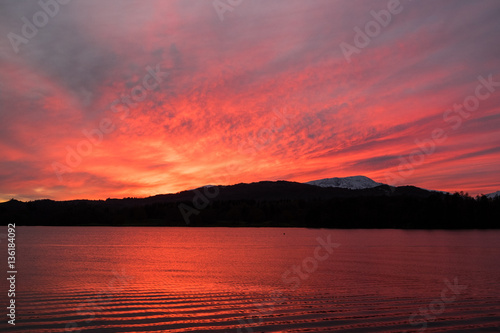 Recess Fitting Candy pink Sunset over Lake