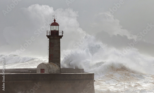 Spoed Fotobehang Onweer 10 Meters Big Waves Over the