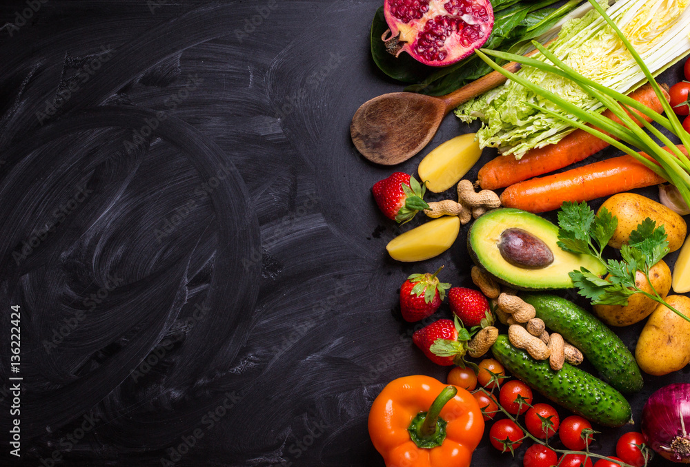 Fototapety, obrazy: Food frame with vegetables and fruits