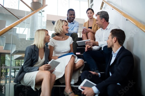 Fototapety, obrazy: Business executives interacting with each other
