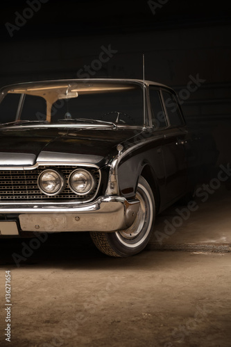 фотография  Black vintage car