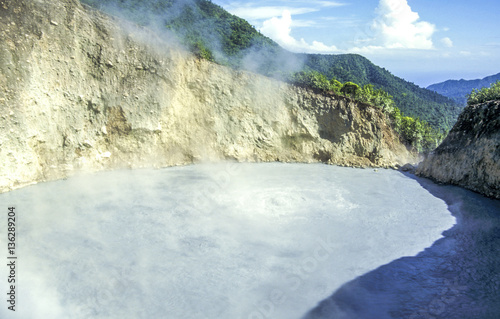 In de dag Fantasie Landschap Valley of Desolation, Dominica, Boiling Lake