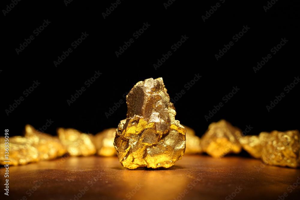 Fototapety, obrazy: Closeup of big gold nugget