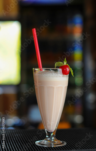 Foto op Aluminium Milkshake milkshake on wooden background